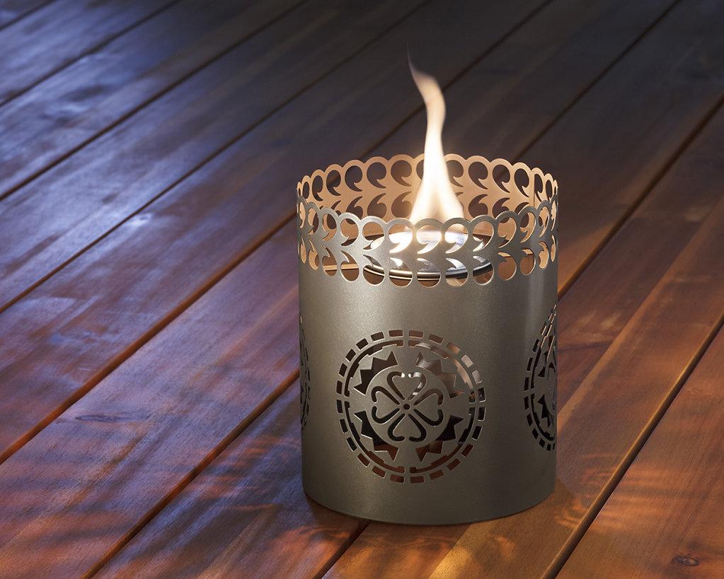 1116091-Ornate-Lantern-Flame-Shield-Web.jpg